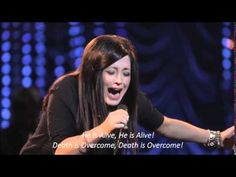 Love worshiping with Kari Jobe at Bethel Church Music- Forever Live (lyrics)