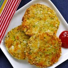 Broccoli & Cheese Patties... Pretty good. Makes a lot so don't double the recipe. We had extra steamed broccoli so I made these, very easy.