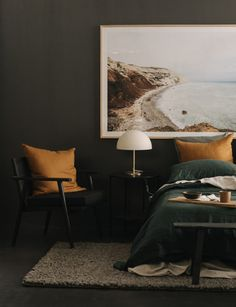 This expert reveals the perfect colour palette for a moody bedroom Bedroom Color Schemes, Bedroom Colors, Home Decor Bedroom, Men's Bedroom Design, Man's Bedroom, Bedroom Art Above Bed, Colourful Bedroom, Bachelor Bedroom, Bedroom Colour Palette