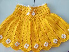 Crochet Et Tricot Da Mamis: Saia Infantil Em Crochet Com Listras Verticais - Gráfico - Diy Crafts Crochet Toddler, Baby Girl Crochet, Crochet Baby Clothes, Crochet For Kids, Crochet Baby Dress Pattern, Baby Dress Patterns, Knit Crochet, Vintage Crochet Dresses, Crochet Skirts