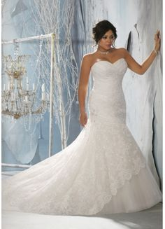 Charming Plus Size Tulle Mermaid Sweetheart Neckline Lace Applique Ruffles And Beaded Chapel Train Wedding Dress
