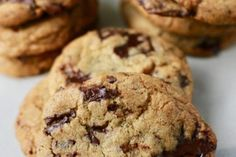 Butter Pecan Cookies for Tea Time - Bonjour Cuisine Pecan Cookie Recipes, Butter Pecan Cookies, Chocolate Chunk Cookies, Yummy Cookies, Dessert Recipes, Desserts, Cake Recipes, Best Blueberry Muffins, B Recipe