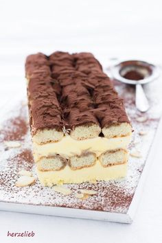 Tiramisu ice cream cake - wonderfully simple and refreshing! (Ice) - Ice cream recipes, dessert recipes: recipe for a Tiramisu ice cream cake from herzelieb. Cake Recipes, Dessert Recipes, Ice Cake, Best Brownies, Dessert Sauces, Eat Dessert First, Food Cakes, Ice Cream Recipes, Cream Cake
