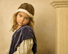 Photographer Bill Gekas of Melbourne, Australia has been creating portraits of his young daughter in the style of master European painters of old. Rembrandt, Still Life Photography, Amazing Photography, Art Photography, Daddys Little Girls, Russian Beauty, Found Art, Old Master, Caravaggio