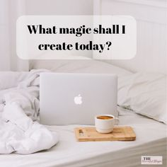 Mornings are my absolute favourite time of day! 🌻 Ideas are fresh, energy levels are fierce and possibilities are endless! Blogging is all about finding your groove and creating a life that works for YOU! 🙌 Make Money Blogging, Make Money Online, How To Make Money, Work From Home Tips, Money From Home, Online Job Opportunities, Keep Life Simple, Flexible Working, Business Inspiration