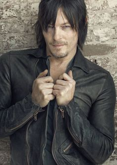 The walking dead norman reedus daryl dixon rp photo poster season 4 Daryl Dixon, Norman Reedus, Bae, The Walking Dead 3, Rick Y, Stuff And Thangs, Raining Men, Man Alive, My Guy