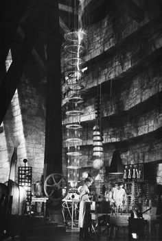 Influential - Bride of Frankenstein Laboratory Scene  Universal Pictures 1935, Directed by James Whale. Art deco design combined with gothic heaviness © Comic Book Brain,2012)