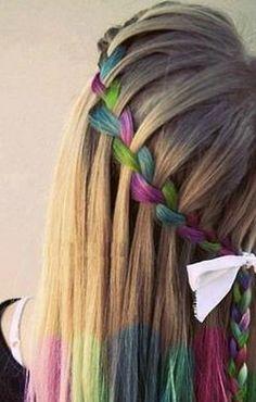 hair chalk, love the braiding