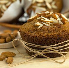 Muffin mit Schokolade, Banane und Mandeln