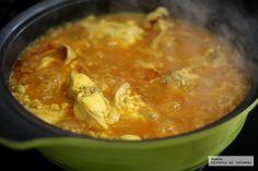 Las tres claves para hacer un arroz caldoso. El caldo, el sofrito y la técnica son fundamentales para conseguir un arroz caldoso de película A Food, Food And Drink, Rice Dishes, Savoury Dishes, Thai Red Curry, Risotto, Food Porn, Cooking, Ethnic Recipes