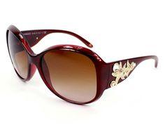 f5b32e076 Óculos de sol! A Versace tem como característica o luxo e a sofisticação. O  modelo 4244 segue a