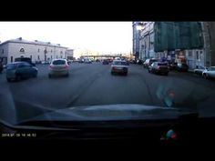 Meanwhile in Russia of the Day: Just Try to Beat This Insane (Purposeful?) Parallel Parking Job