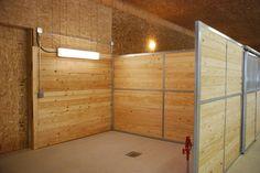 Groom stall