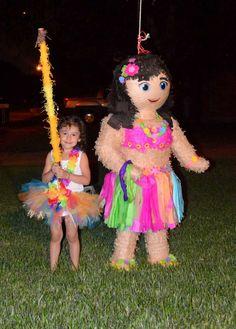 Hawaiian Luau Birthday Party Ideas   Photo 3 of 23   Catch My Party