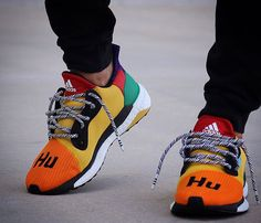 a0c000be4 Pharrell x Adidas Sample New Release Shoes