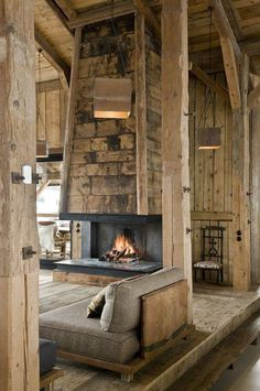 Love this rustic, cabin living room with open fireplace Cabin Homes, Log Homes, Chalet Interior, Interior Design, Sofa Design, Interior Ideas, Rustic Fireplaces, Cabins And Cottages, Log Cabins