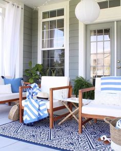 Long weekend vibes⛱ These beach towels were just the fresh look our patio needed for summer! And with off sitewide… Beautiful Living Rooms, Beautiful Bathrooms, Beautiful Kitchens, Declutter Your Home, Coastal Decor, Modern Coastal, Coastal Style, Outdoor Chairs, Outdoor Spaces