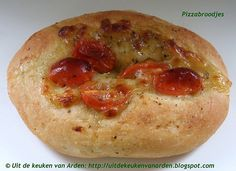 Pizzabroodjes by Levine1957, via Flickr