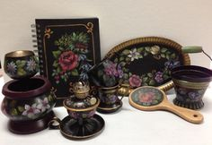 These Flemish Style items were was painted by Vicki Allwardt using Chroma's Jo Sonja Artists' Colors & Mediums.