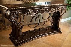 Marge Carson Piazza San Marco Console Available in the Highland Park Showroom Foyer Decorating, Tuscan Decorating, Interior Decorating, Interior Design, Tuscan Furniture, Home Decor Furniture, Entryway Decor, Diy Bedroom Decor, Tuscany Decor