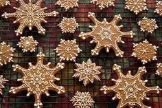 Iced Gingerbread Snowflake Cookies