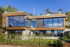 Luxury Villa Melkeveien is wrapped in sustainably sourced Kebony wood in Norway
