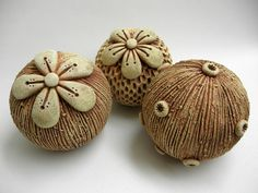Pottery Workshop, Sculptures Céramiques, Raku Pottery, Seed Pods, Polymer Clay Jewelry, Wind Chimes, Art Decor, Coral, Crafts