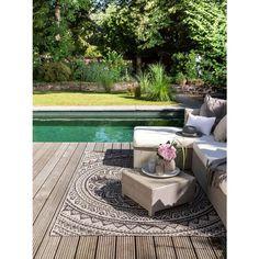 Covoare moderne pentru interior-exterior   Colectia Cleo #covoare #covoaremoderne #covoareexterior #covoareonline Outdoor Rugs, Outdoor Furniture, Outdoor Decor, Brown Art, Backyard, Patio, Buy Rugs, Plein Air, Terrace