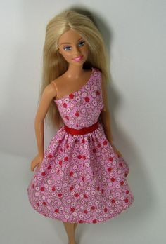 Barbie Clothes - Pink Print Dress for the current Barbie body type (1999 is printed on her back). Also for Fashionista Barbies - 124