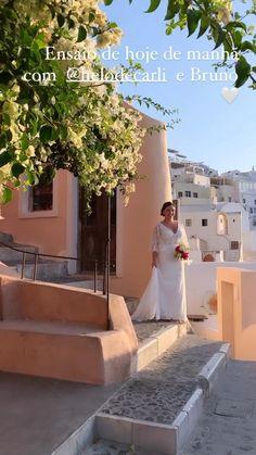 Video fotos santorini Santorini, Photo And Video, Wedding Dresses, Instagram, Fashion, Bride Dresses, Moda, Bridal Gowns, Fashion Styles