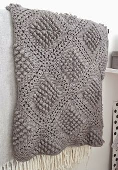 67 Ideas For Crochet Blanket Stitch Pattern Baby Afghans Plaid Crochet, Crochet Diy, Manta Crochet, Crochet Home, Crochet Motif, Crochet Crafts, Crochet Projects, Bobble Crochet, Tutorial Crochet