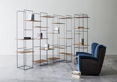 Ron Gilad e suas prateleiras minimalistas