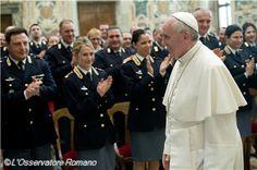 Pape François - Pope Francis - Papa Francesco - Papa Francisco - Janvier 2014 : remerciements du Pape à la Police italienne