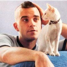 Robbie Williams #menwithcatsrulemyworld