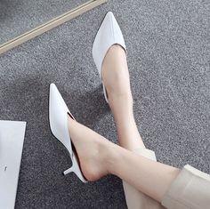 #chiko #chikoshoes #shoes #fashion #fashionable #style #lookbook #fall #winter #autumn #new #best #streetstyle #chic #trend #streetfashion #mules #loafer #loafershoes #slipon #white #kittenheels #2018 #spring #stylish #edgy #pastel
