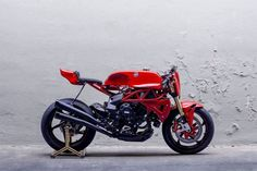 MV Agusta Cafe Racer Brutale AgoTT by Deus Ex Machina