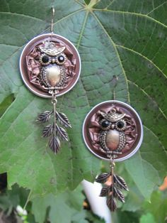Owl earrings - Heidi Michal - Picture 18 from contribution: Nespresso capsule- SUMMER -Co . - Owl earrings – Heidi Michal – Picture 18 from contribution: Nespresso capsule- SUMMER collectio - Owl Earrings, Beaded Earrings, Tiffany Jewelry, Jewelry Crafts, Jewelry Art, Fashion Jewelry, Copper Wire Art, Recycled Jewelry, Jewelry Model