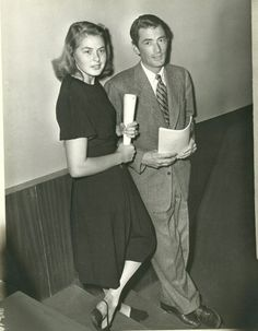"wehadfacesthen: "" Ingrid Bergman and Gregory Peck during the rehearsal period for Spellbound, 1944 "" Old Hollywood Movies, Old Hollywood Glamour, Golden Age Of Hollywood, Vintage Hollywood, Hollywood Stars, Classic Hollywood, Hollywood Couples, Gregory Peck, Ingrid Bergman"