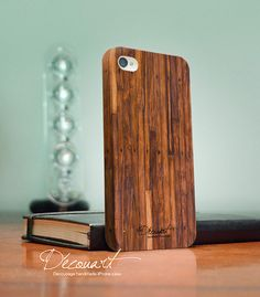 Wood iPhone 4 case, iPhone 4s case, case for iPhone 4, Handmade with Decoupage: Wood pattern S003