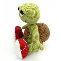 Otto the Turtle amigurumi crochet pattern by Kamlin Patterns