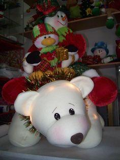 - Clay Bear, Snowman, Christmas Crafts, Outdoor Decor, Home Decor, Art, Throw Pillows, Mason Jars, Holiday Ornaments