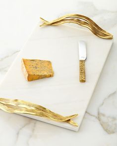 Palm Cheese Board with Knife by Michael Aram at Neiman Marcus. Gifts For Girls, Girl Gifts, Neiman Marcus, Marble Tray, White Marble, Diy Cutting Board, Holiday Gift Guide, Serveware, Resin Art