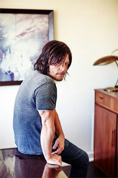 Norman Reedus NormanReedus Daryl Dixon The Walking Dead TWD The Boondock Saints Blade 2 Hot Love Daryl Dixon, Norman Reedus, The Boondock Saints, Vanity Fair Italia, Hollywood, Stuff And Thangs, Raining Men, Film Serie, Miles Davis