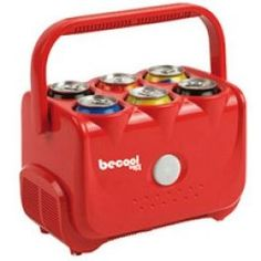 Refroidisseur de Canettes Di Quattro Becool Refroidisseur de canettes électrique, adapté pour un usage à la maison ou dans la voiture. Il est idéal pour le week-ends de camping ou à la plage. Vous n'aurez plus jamais à boire vos boissons chaudes !