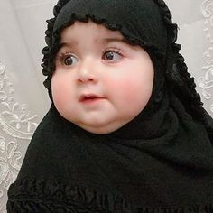 ❣️❣️🅢🅠🅤🅘🅢🅗🅗🅗❣️❣️ (@dpz_queen11) • Instagram photos and videos Baby Girl Images, Baby Girl Pictures, Baby Hijab, Cute Kids Photos, Cute Little Baby Girl, Baby Girls, Cute Babies Photography, Cute Baby Wallpaper, Funny Baby Memes