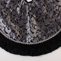 "@Anna Carpenter   Amazon.com: 48"" Elegant Silver and Black Flocked Silk Scroll Design Christmas Tree Skirt: Home & Kitchen"