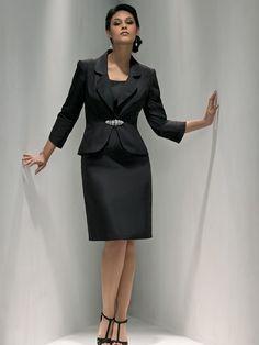 Sheath/Column Scoop Sleeveless Knee-length Satin Mother of the Bride Dresses