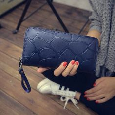 2017 Stone Pattern Zipper Long Leather Women Wallet Luxury Brand Desigher Female Purse With Loop Clutch Coin Bag For Card Holder