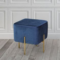 Tufted Storage Ottoman, Upholstered Dining Chairs, Dining Chair Set, Living Room Modern, Living Room Sofa, Living Room Furniture, Furniture Sale, Home Decor Furniture, Furniture Design