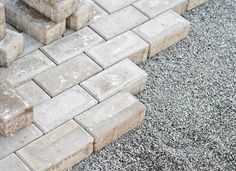 The cost of paving a gravel driveway ranges from $4,000 to $20,000, but according to real estate brokerage firm The Pimental Group, the project results in as much as a 75 percent return on your investment.